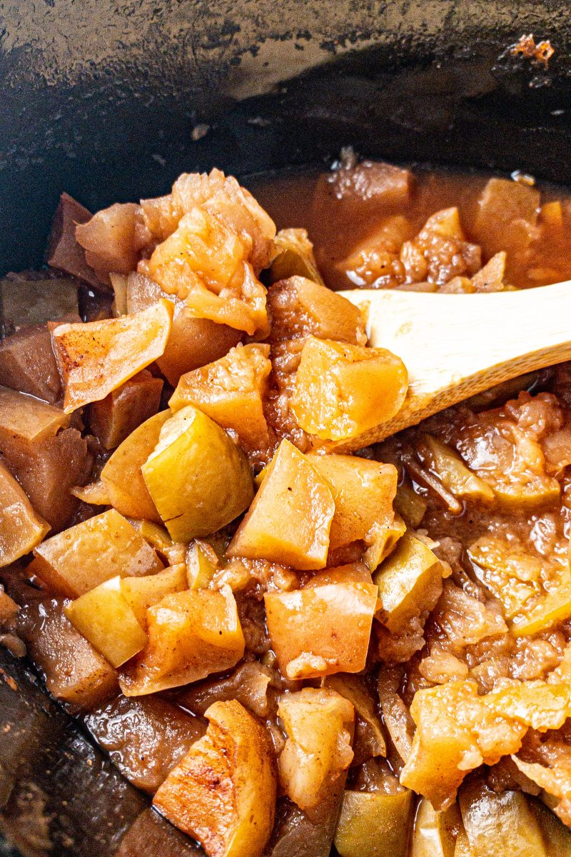 Slow Cooker Maple Cinnamon Apple Butter | Clean Eating, Healthy